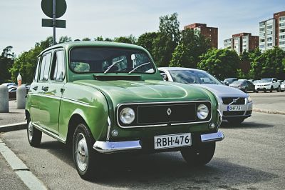 mythic renault 4L